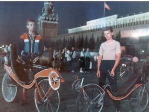 Moscow_04_Aug_1991_Nikita_SOFABIKE_Mindaugas_Vendelskys