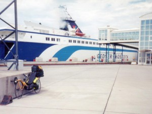 ROSTOK_1997_FERRY_PORT_SOFABIKE